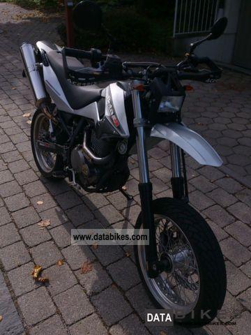 2008 Beta  M4 Motorcycle Super Moto photo