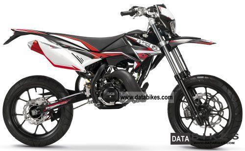 2012 Beta  RR 50 Supermotard track `13: Black, White Motorcycle Lightweight Motorcycle/Motorbike photo