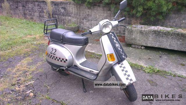 1991 Piaggio  Vespa Motorcycle Lightweight Motorcycle/Motorbike photo