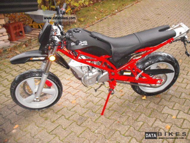 2007 Hercules  X Road 125 cc Motorcycle Lightweight Motorcycle/Motorbike photo