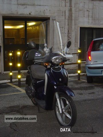2005 Aprilia  Scarabeo 100 to 16,000 km in 2005 Motorcycle Scooter photo