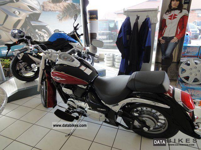 2012 Suzuki  VL 800 Intruder C L2 Motorcycle Chopper/Cruiser photo