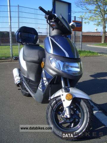 2012 Keeway  Easy 25/45 Motorcycle Scooter photo