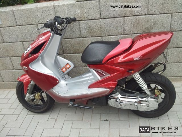 1998 WMI  Aerox Motorcycle Scooter photo