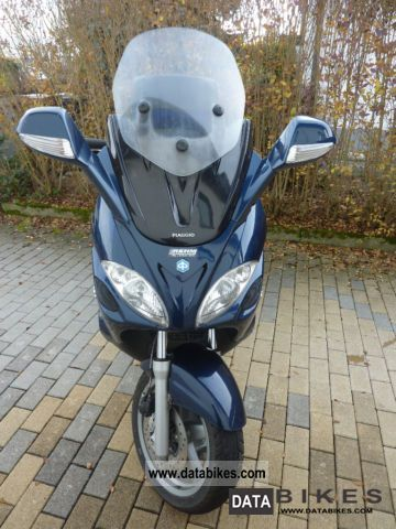 2007 Piaggio  X Evolution 9 Motorcycle Scooter photo