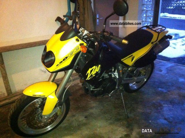 1996 KTM  duke Motorcycle Super Moto photo