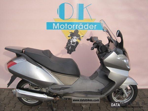 2004 Aprilia  ATLANTIC 125, ideal for export Motorcycle Scooter photo