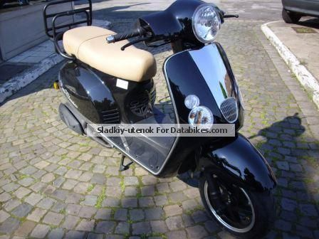 2012 Baotian  Moped Scooter NEW! Roller 25 km / h Motorcycle Scooter photo