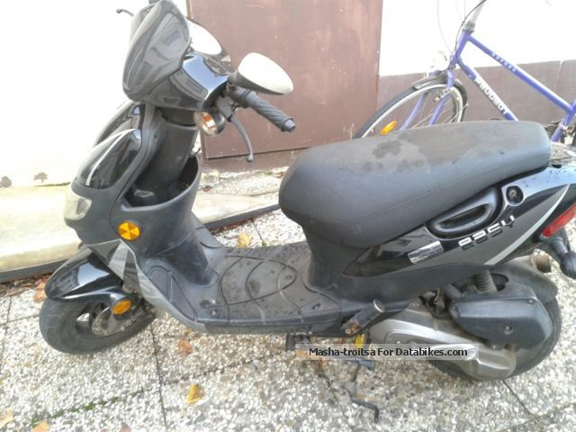 2006 Keeway  Easy Motorcycle Motor-assisted Bicycle/Small Moped photo