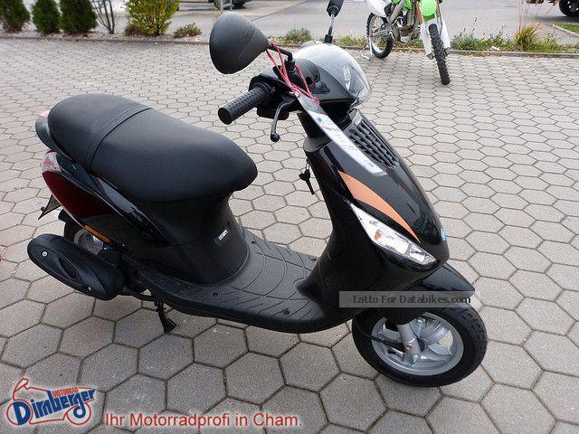 Piaggio  ZIP 50 2012 Scooter photo