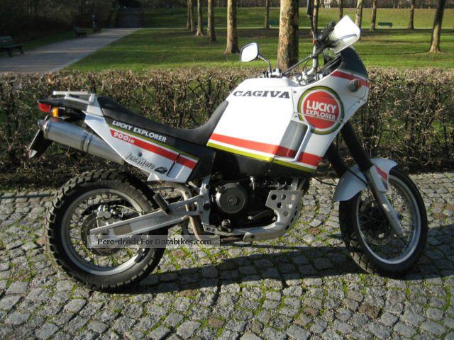 1992 Cagiva  Lucky Explorer 900 i.e. Motorcycle Enduro/Touring Enduro photo