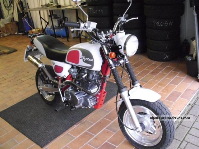 2012 Skyteam  ST125 Retro 5-speed as new-350km Motorcycle Motorcycle photo