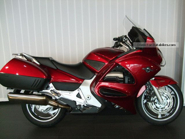 2012 Honda  ST1300 Pan Motorcycle Tourer photo