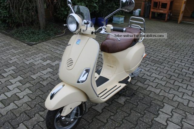 2010 Vespa  LXV 50 Motorcycle Motor-assisted Bicycle/Small Moped photo