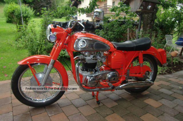 Norton  Dominator 99 1960 Vintage, Classic and Old Bikes photo