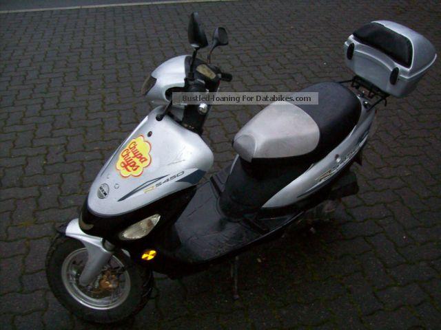 2006 Zhongyu  RS 450 Motorcycle Scooter photo