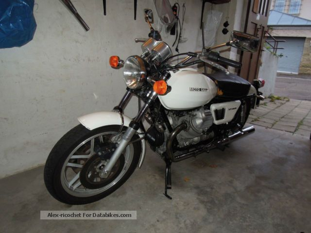 1981 Moto Guzzi  850 T3 Motorcycle Naked Bike photo