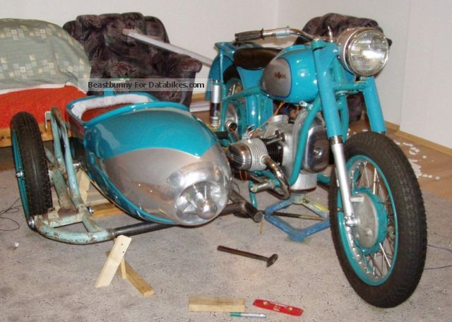 1958 Ural  M-61 team Motorcycle Combination/Sidecar photo