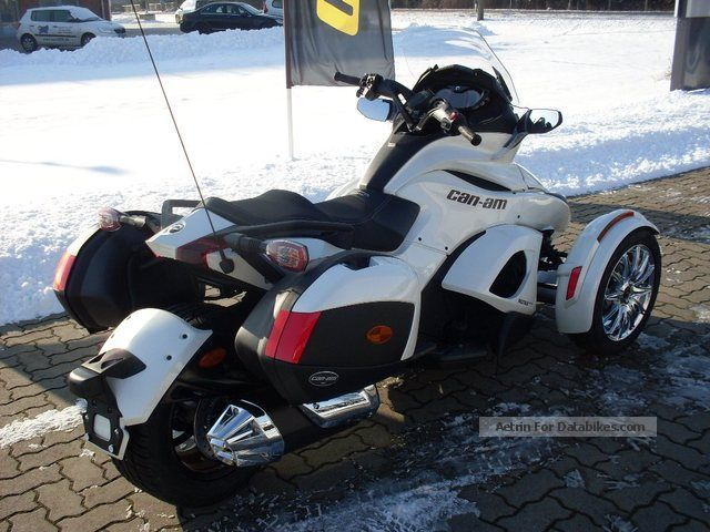 2012 Can Am  Spyder ST Limited, SE 5 (semi-automatic) Motorcycle Quad photo