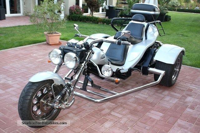 2006 Boom  Chopper Motorcycle Trike photo