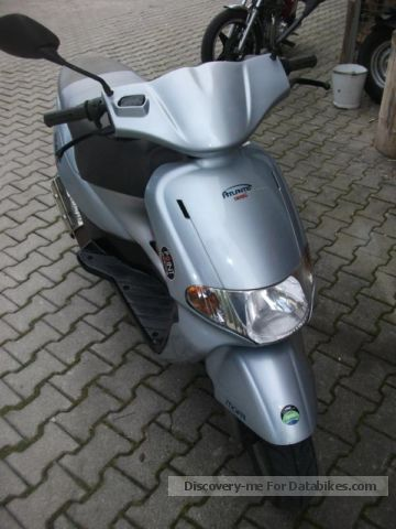 2000 Derbi Atlantis moped scooter Price negotiable! 35 km / h fast