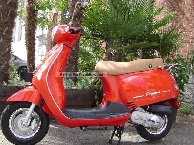 2012 Rivero  Toscana 50 Motorcycle Scooter photo