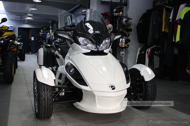 2012 Bombardier  BRP Can-Am Spyder roadster ST Limited Motorcycle Sport Touring Motorcycles photo
