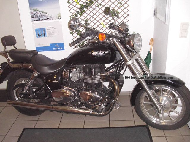 2008 Triumph  america Motorcycle Chopper/Cruiser photo
