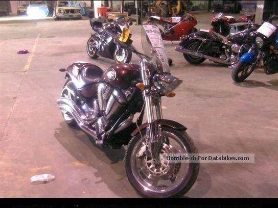 2008 VICTORY  hammer Motorcycle Chopper/Cruiser photo