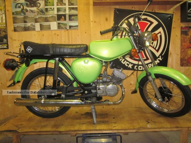 Simson  S51 rebuild with towbar 1974 Vintage, Classic and Old Bikes photo