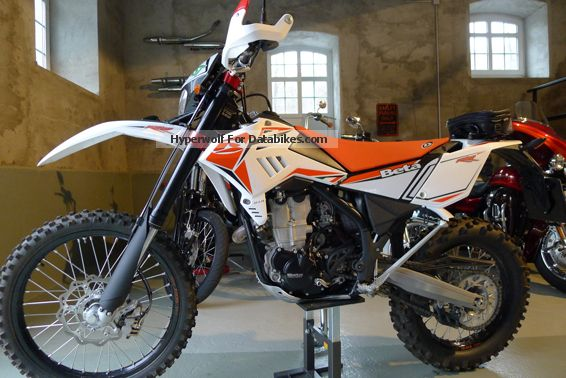 2010 Beta  450 RR Motorcycle Enduro/Touring Enduro photo