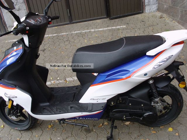 Tauris  Mistral 50 like new only 110 km 2012 Scooter photo