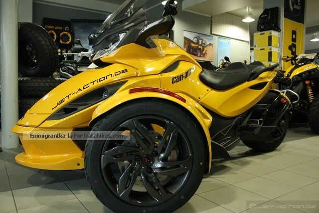 2012 Can Am  BRP Spyder ST-S SE5 Motorcycle Motorcycle photo