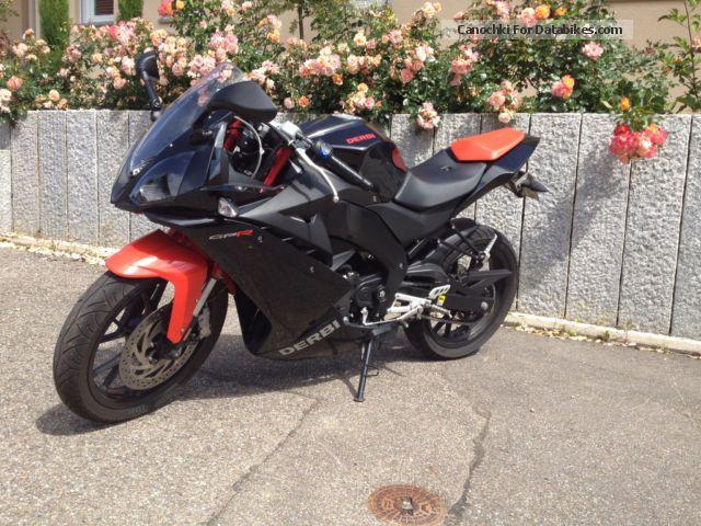 2010 Derbi  124 4T Motorcycle Lightweight Motorcycle/Motorbike photo