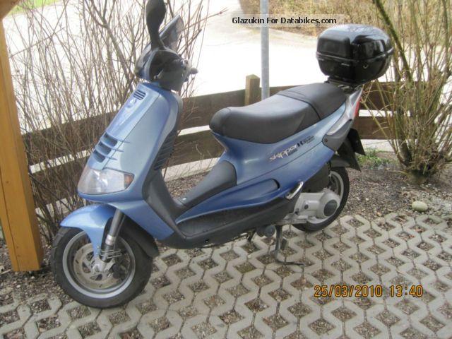 Piaggio  Skypper 2002 Scooter photo