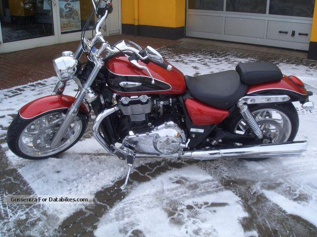 2012 Triumph  Thunderbird Motorcycle Chopper/Cruiser photo