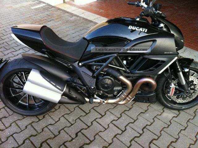 2012 Ducati  Diavel Black (All Ducatis available low) Motorcycle Naked Bike photo