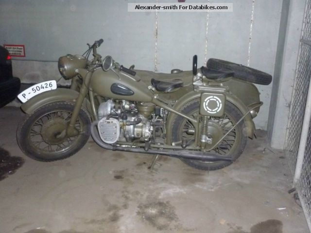 Ural  M-72 1946 Vintage, Classic and Old Bikes photo
