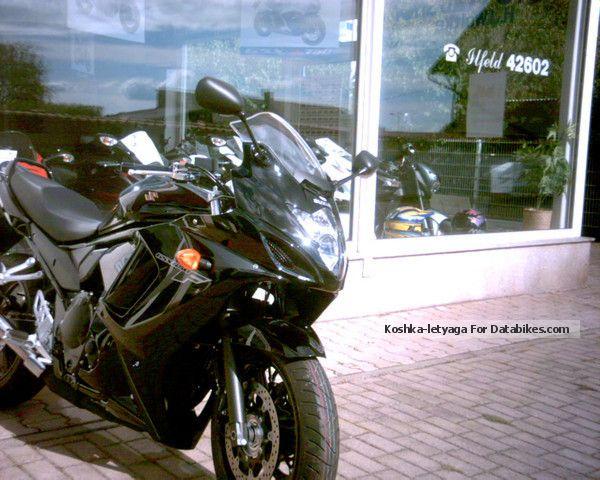 2012 Suzuki  GSX 650 FAL2 model 2012, 0% interest finance. Motorcycle Sport Touring Motorcycles photo