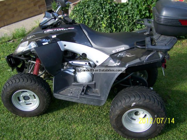 2009 E-Ton  Vector Motorcycle Quad photo
