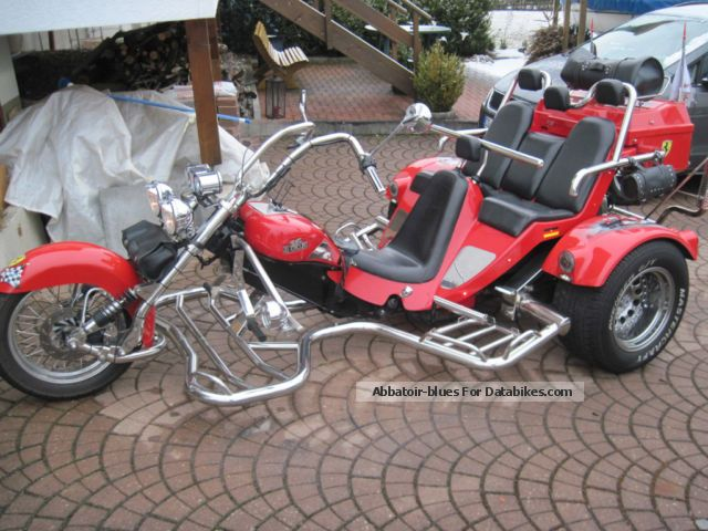 2003 Boom  Family 2 4i Motorcycle Trike photo
