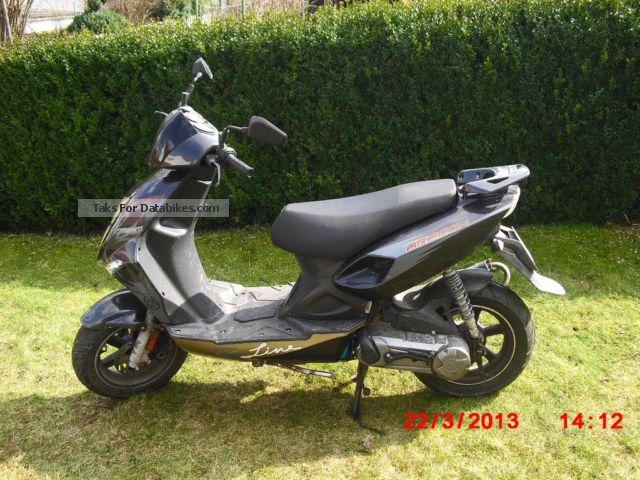 2000 CPI  aragon Motorcycle Scooter photo