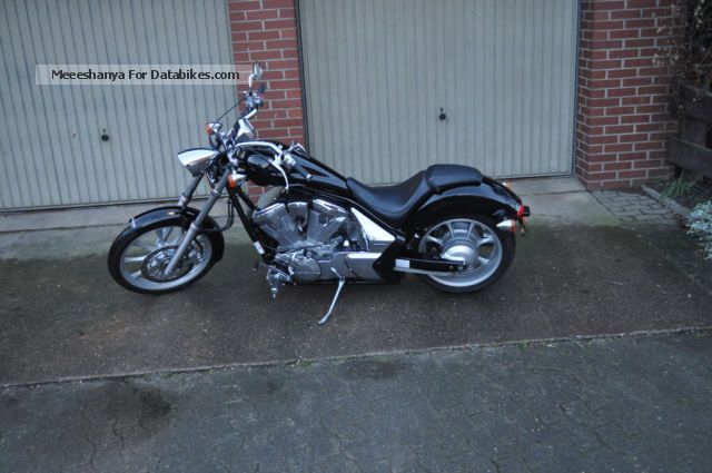 2012 Honda  VT1300CX ABS Motorcycle Chopper/Cruiser photo