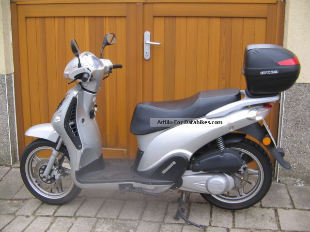 2008 CFMOTO  Wall Street Motorcycle Scooter photo