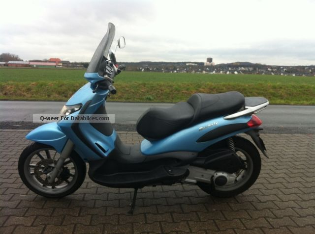 2007 Piaggio  Beverly 125 GT Motorcycle Scooter photo