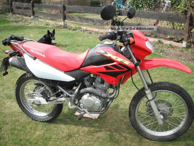 Honda  JD19 2006 Motorcycle photo