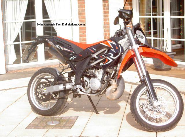 2012 Aprilia  SX 125 Motorcycle Lightweight Motorcycle/Motorbike photo