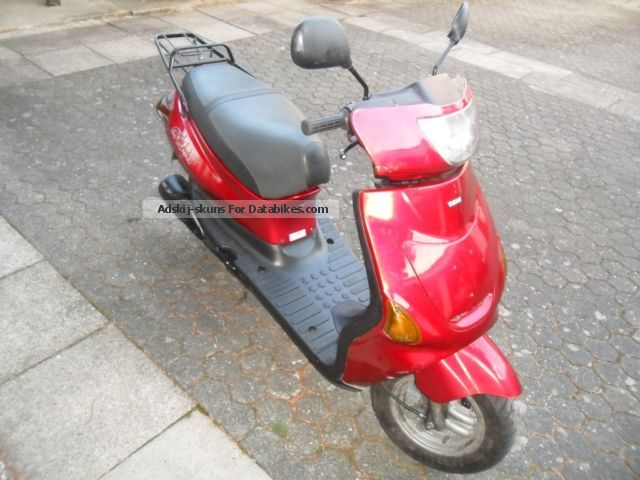 1996 MBK  Evolis Yamaha Zest 50 Motorcycle Scooter photo