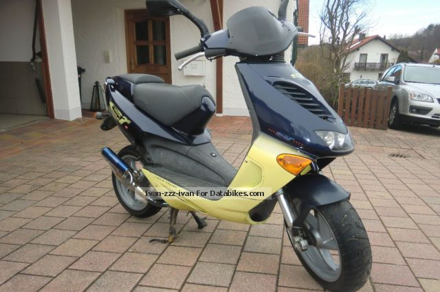 1997 Aprilia  Scooter 50 Motorcycle Scooter photo