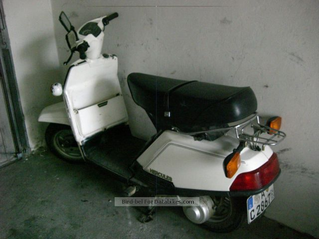 1982 Herkules  14 A Motorcycle Scooter photo